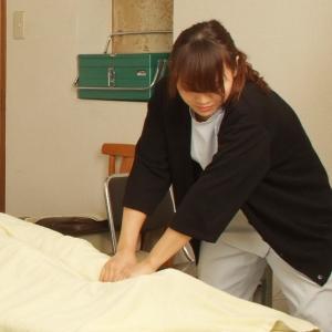 女性の柔道整復師